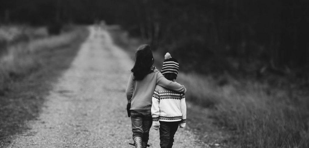 Caring For Aging Parents A Siblings Survival Guide Daughterhood